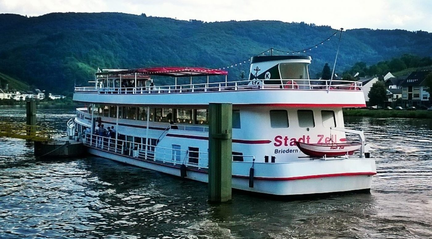 Mosel-Cruising-Ship