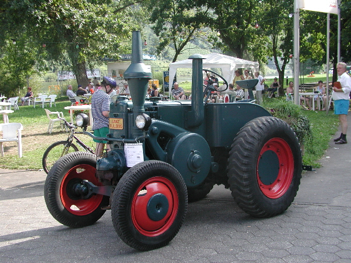 16th kröver oldtimertreffen for tractors and bulldogs mosel musings